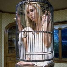 Контроль в отношениях. Как бороться с тираном в семье и стоит ли?